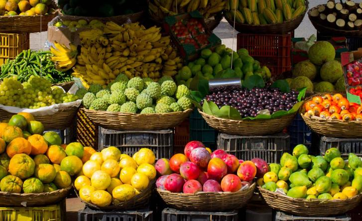Fruits and vegetables from a farm-to-table market